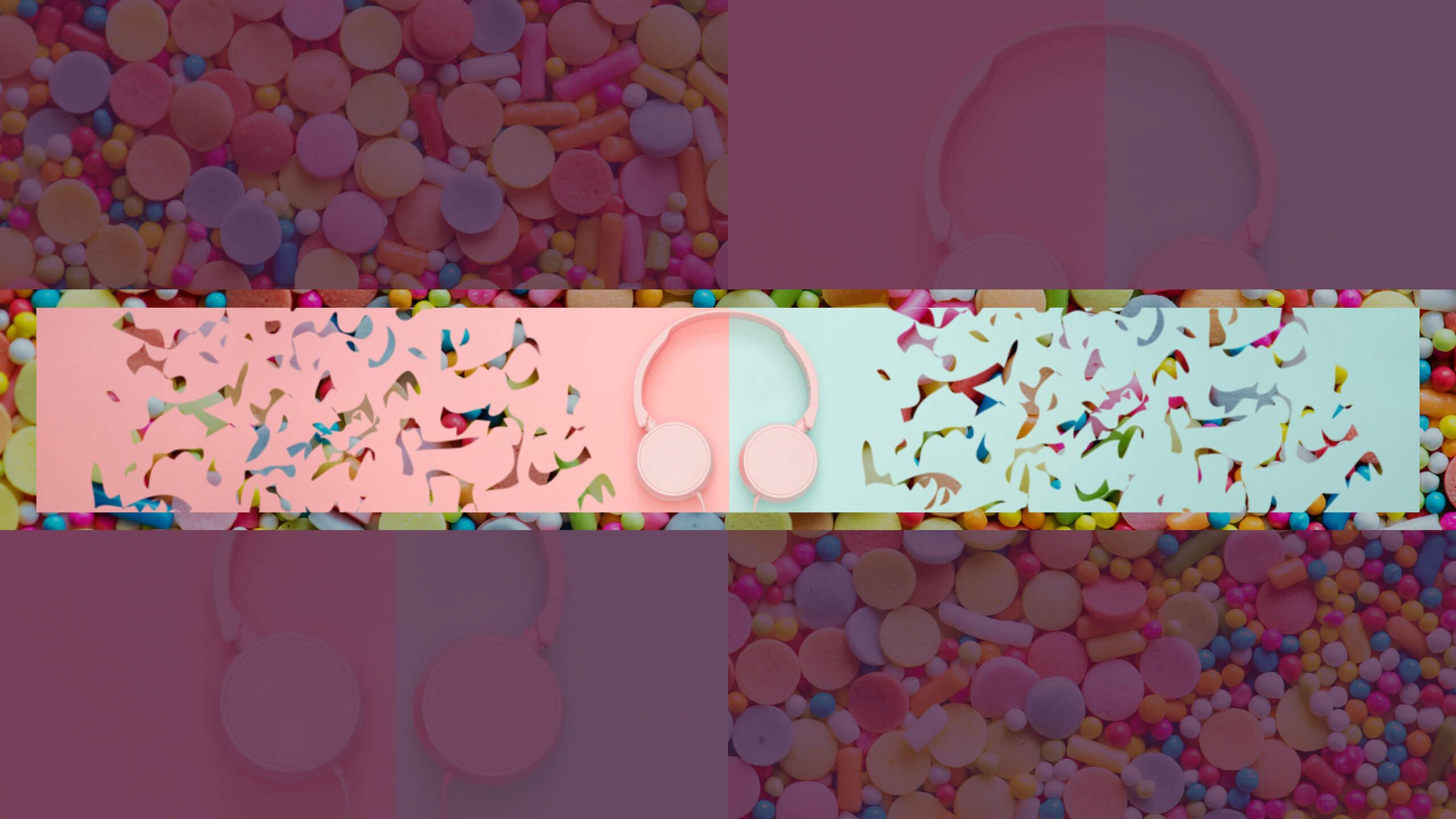 Картика с наушниками для плеера розового цвета.