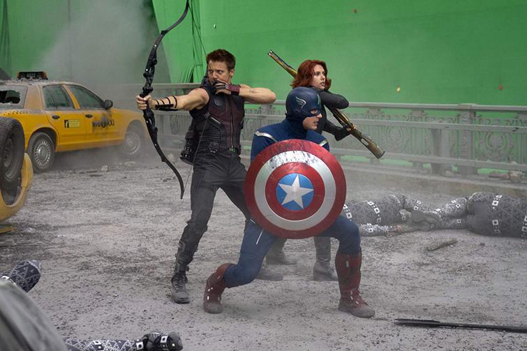 Картинка что такое хромакей на примере супергероев из фильма мстители