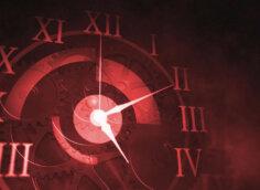 Розовая обложка на видео футаж тикающих часов.