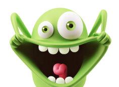 Картинка смешная аватарка: зелёный игрушечный монстр с разинутым ртом, торчащим языком между зубами и выпученными глазами