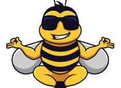 Смешная картинка на аватарку пчела в солнечных очках в позе йога.