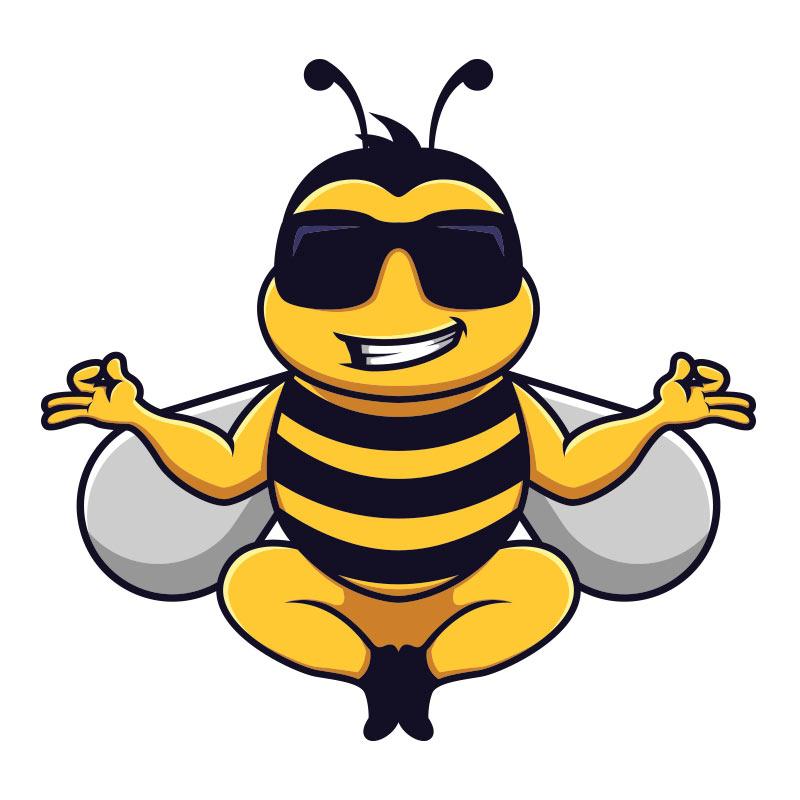 Смешная пчела в солнечных очках в позе йога.